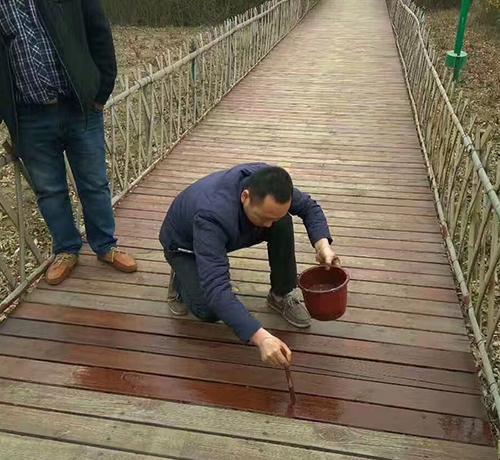 水性户外漆施工